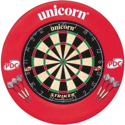 Unicorn Striker sisal dartset met surround